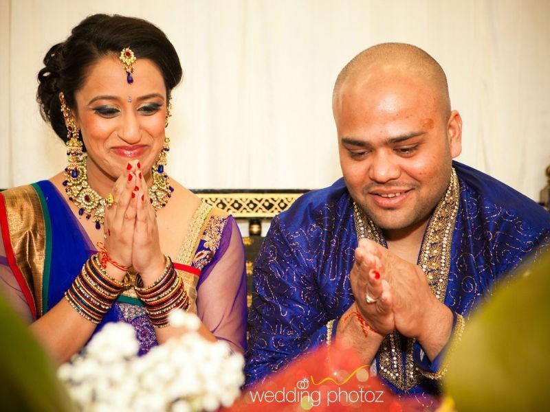 Sradha and Jaymin worshipping at their Chandlo Vidhi