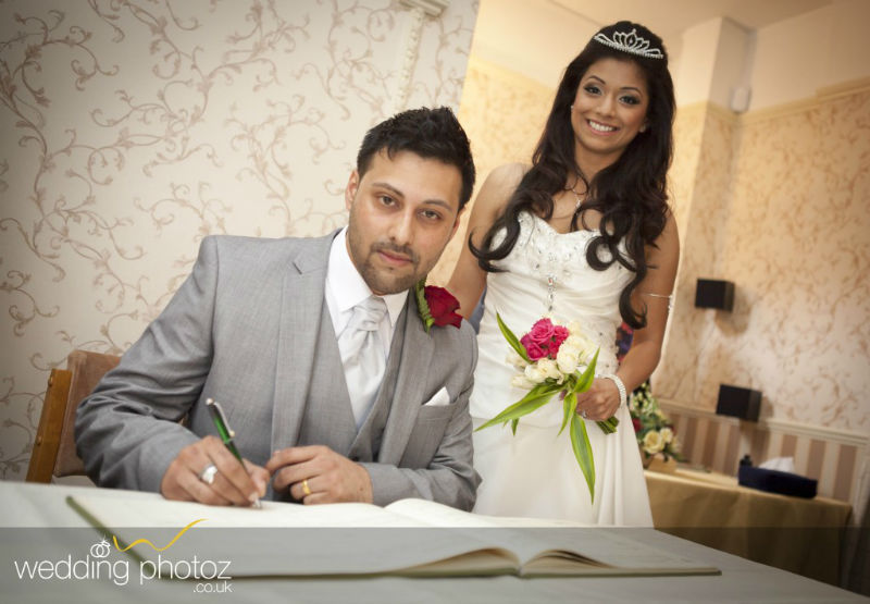civil ceremony photographs by Indian wedding photographers